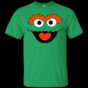 Size small unisex Oscar the grouch green SS shirt
